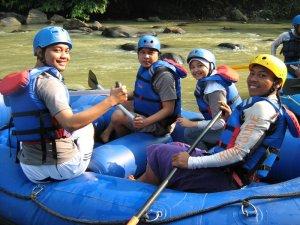 siap-siap rafting